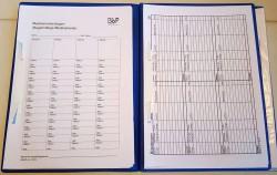 BbP-Dokumentationsmappe aufgeschlagen mit Musterseiten.