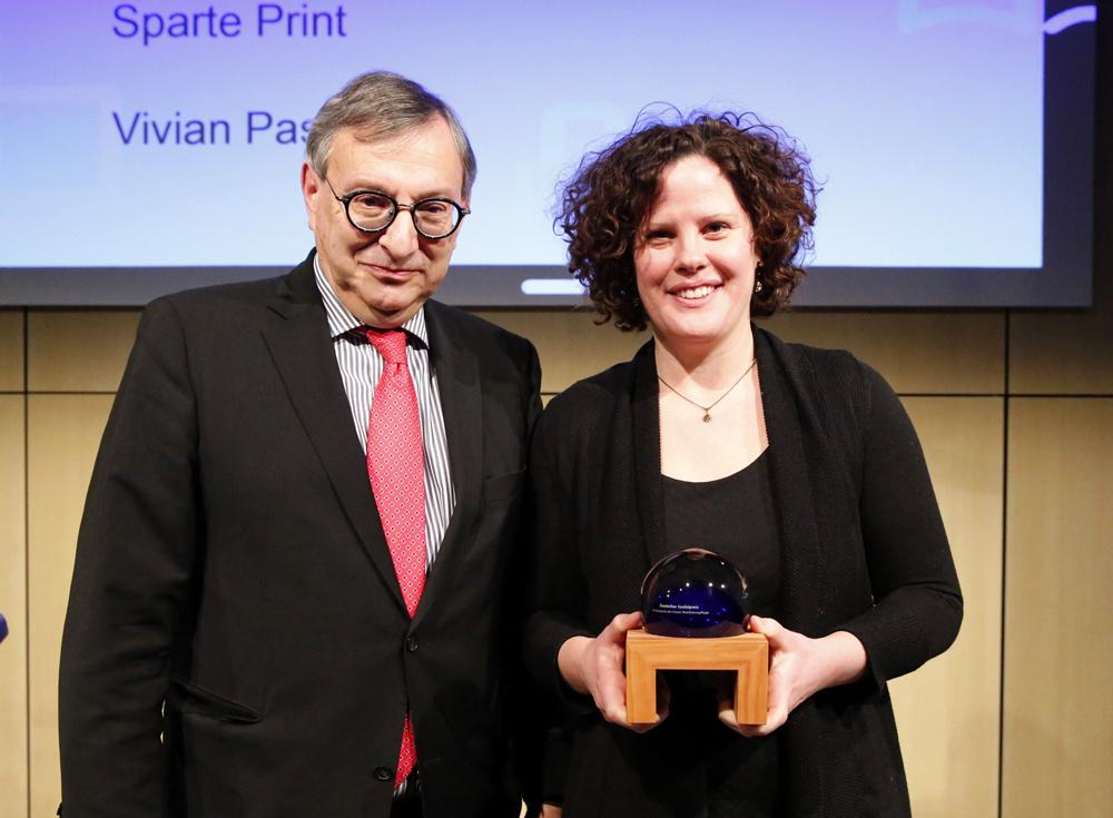 Vivian Pasquet erhält den Deutschen Sozialpreis 2018 von Abraham Lehrer